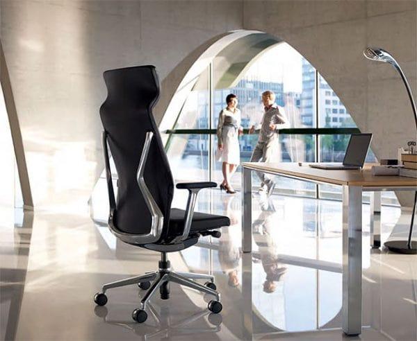 Rückansicht Sessel crossline prime für das Management
