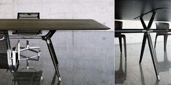 Details Besprechungstisch X2, Gestell aus massivholz und Stahl kombiniert