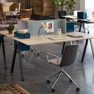 yuno office Schreibtisch für coworking spaces